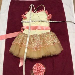 Weissman Dresses - Like new Embroidery Floral ballerina Dress